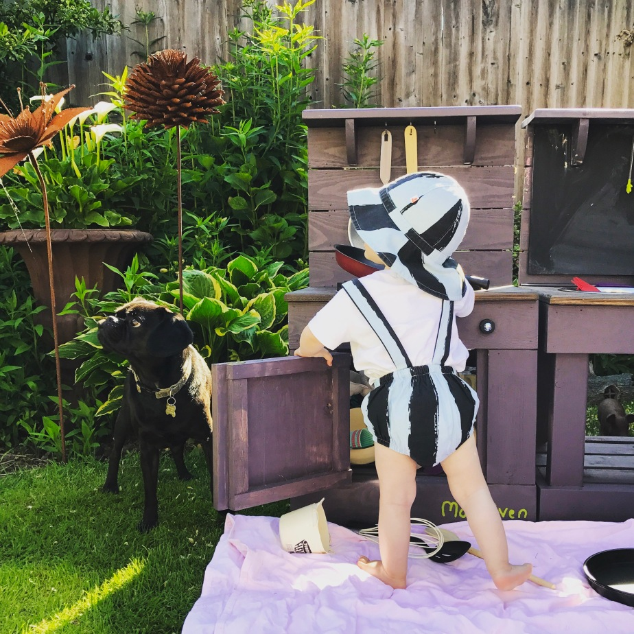 Summer fun at the Mud Kitchen - wearing Noe & Zoe