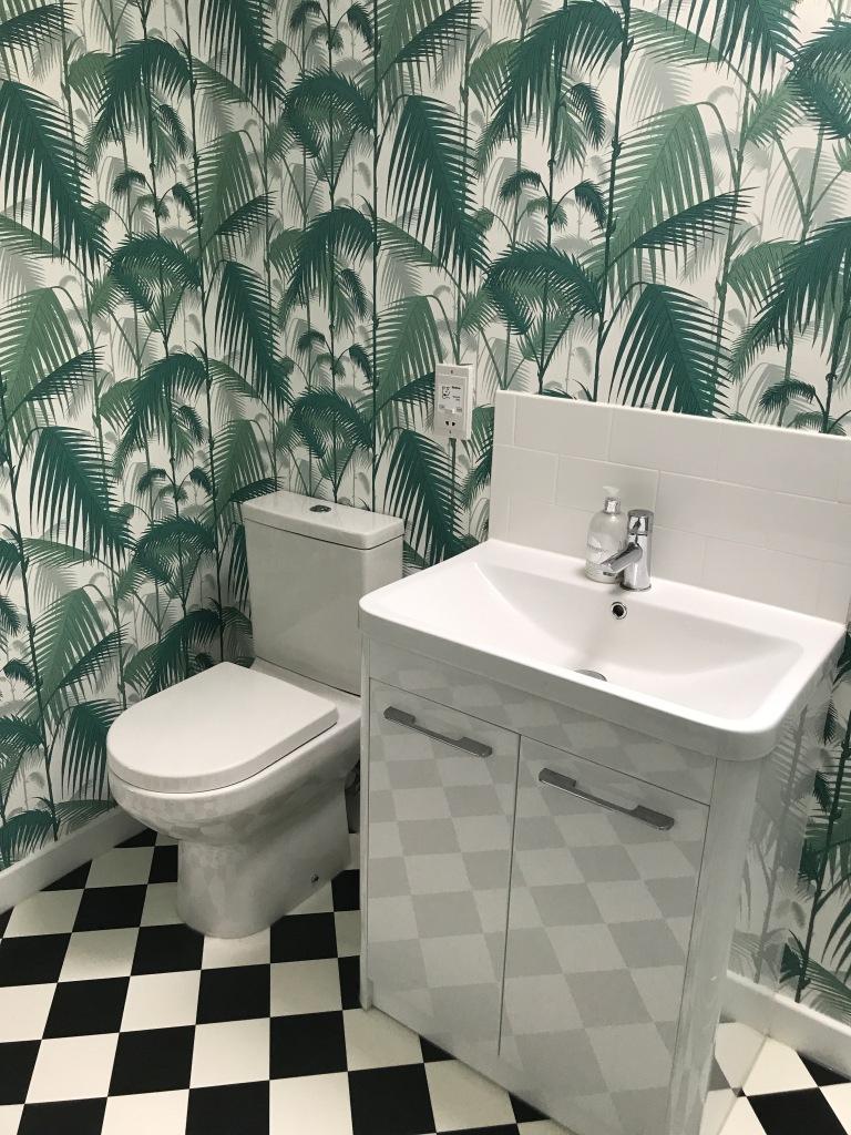 Cole & Son, palm leaf decor, bathroom decor, bringing the outside in, crazy wallpaper, interior decor